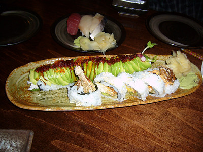 Giant Spider Roll & Caterpillar Roll