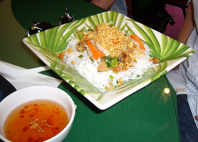 Bun Thit Ga - Grilled Chicken