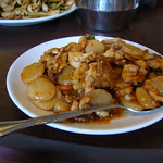 Szechuan Chicken and Beef in Hot Garlic Sauce (Lunch Special)